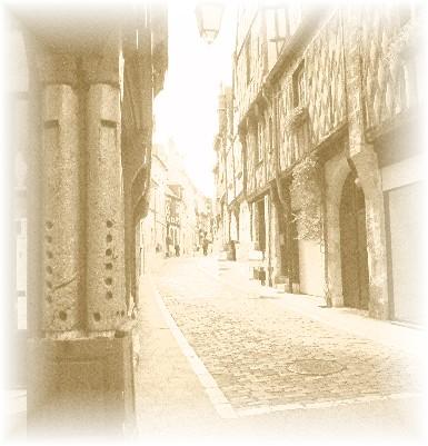 A la recherche du trésor de Jacques Coeur - Page 3 Chasse_rue_B1